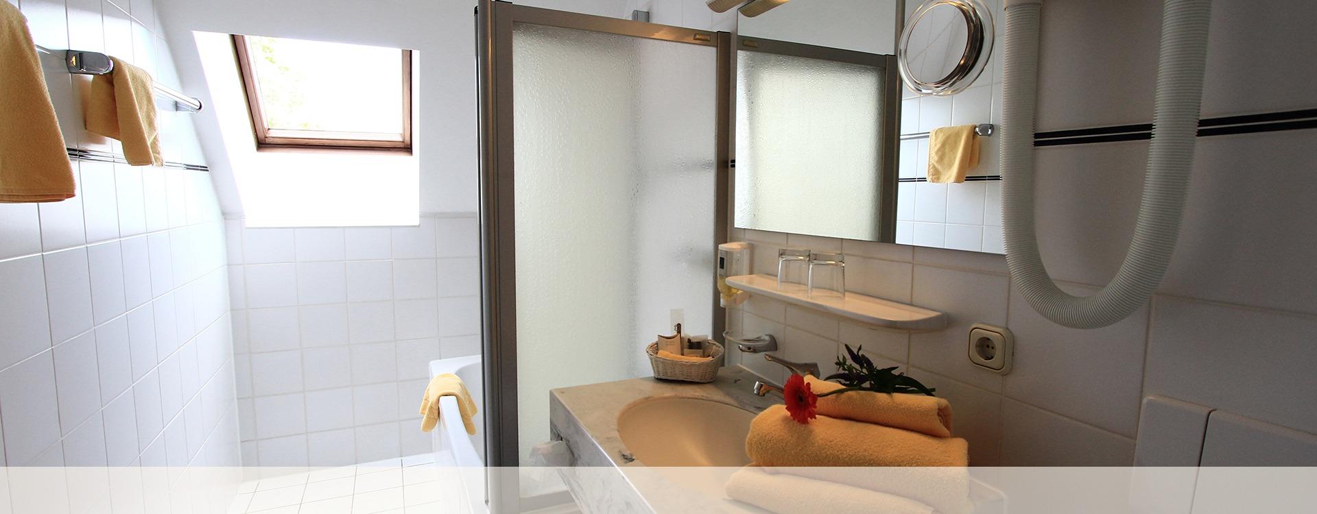 Hotel Eichenau Badezimmer