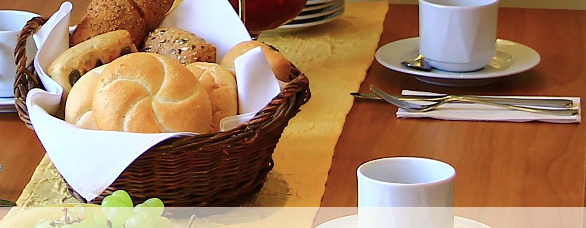 Frühstück im Hotel in Eichenau